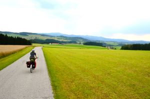 Cycle touring Austria R5 radweg; bike travel; bicycle toruism