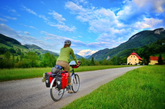 ennsradweg; bicycle touring in austria; bicycle travel in the alps; r7 bike route