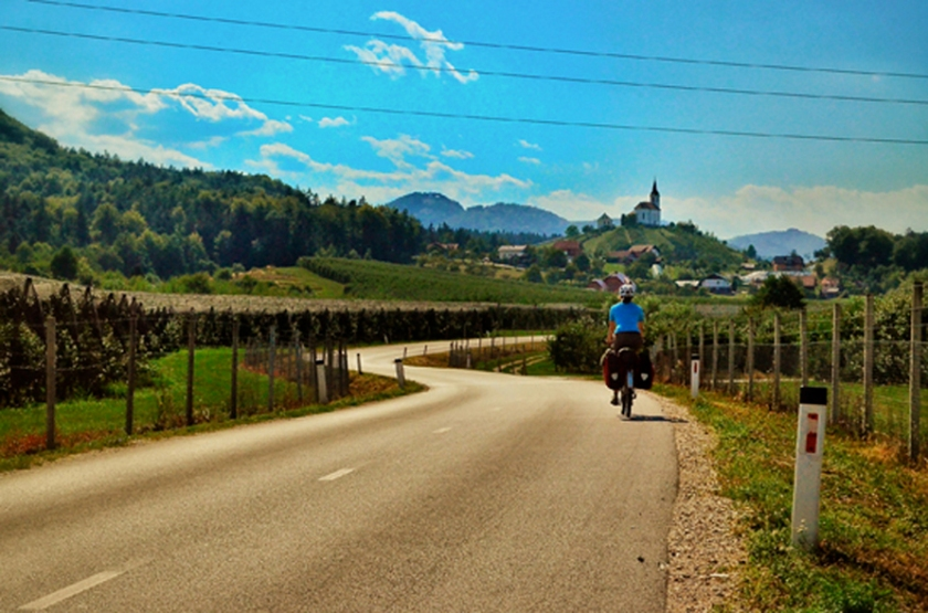Bicycle touring Slovenia Wine country; Two Wheel Travel - a slovenia bicycle travel guide